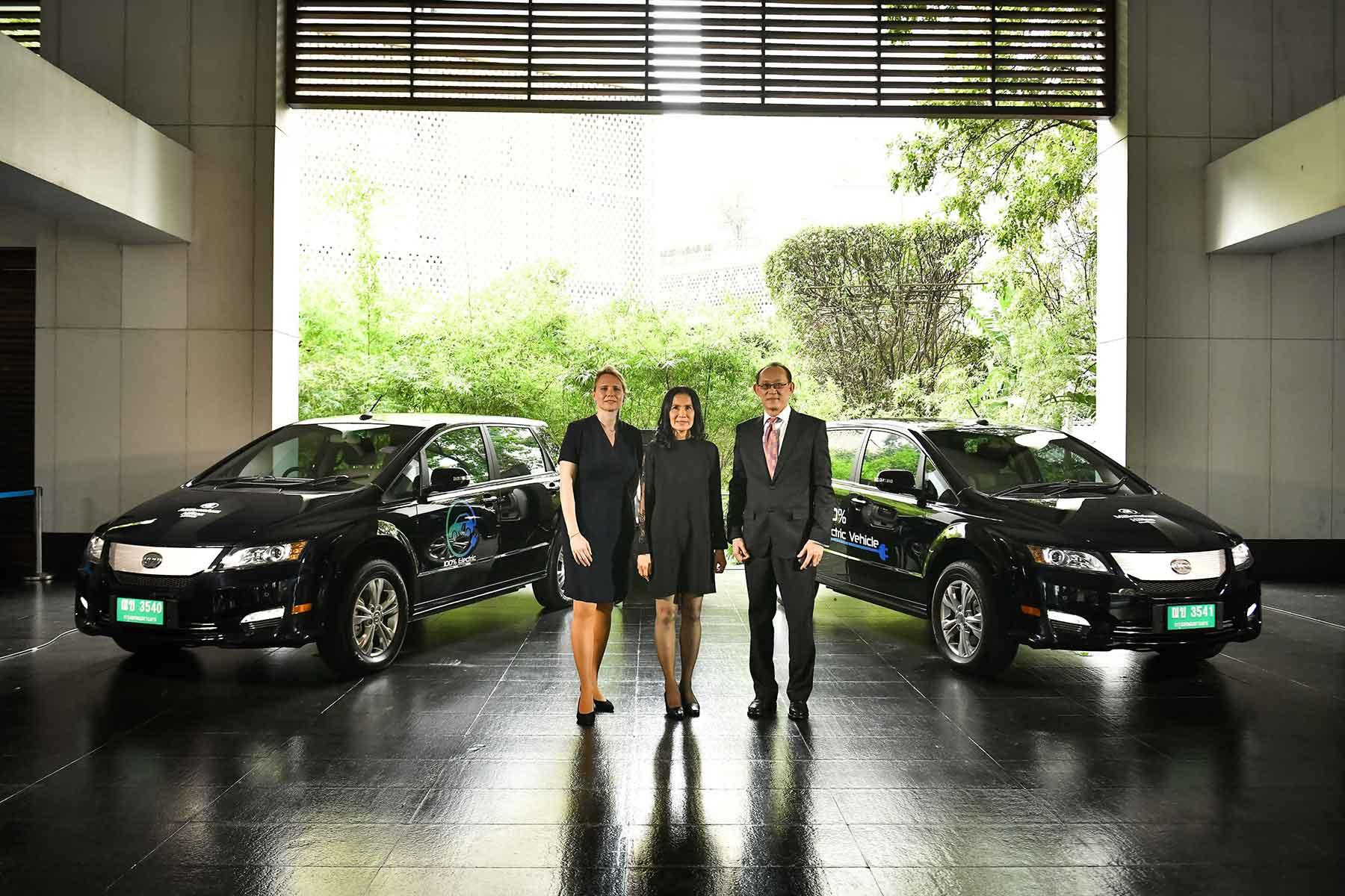 Millennium Hilton Bangkok Electric Limousine Service